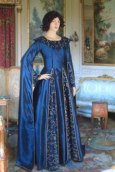 Long-Arm-Renaissance Dress No. 99 - 265.00USD - Medieval and Renaissance Clothing, Handmade by Your Dressmaker