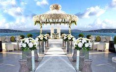 İlkbahar ve yaz aylarında düğün yapanlar için açık mekanlar son derece ideal. Havanın güzelliği ile muhteşem boğaz manzarasını birleştirerek harika bir düğ
