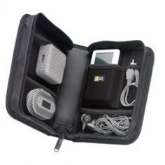 Case Logic Koskin Universal MP3 Travel Kit in Black Features: * Holds MP3 player, batteries, docking statio...Price - $19.98