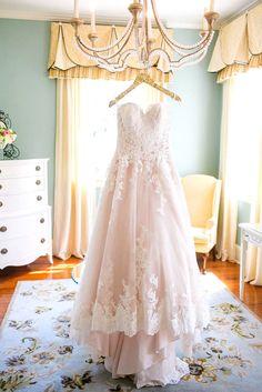 must-take photos light wedding dress