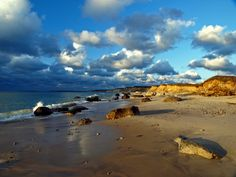 Martha's Vineyard is a small island off the southern coast of Cape Cod in the state of Massachusetts on the east coast of the United States. The island is home to a number of quaint beach towns, the three most popular being Vineyard Haven, Oak Bluffs, and Edgartown. /  by Michael Malone