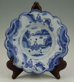 RARE 17thC ENGLISH DELFT BLUE & WHITE CHINOISERIE FLUTED DISH