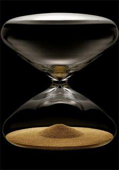 Ikepod Hour Glass http://www.watchismo.com/ikepod-hourglass.aspx