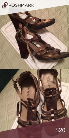Kenneth Cole sandals Bronze Kenneth Cole sandals with slanted block heel Kenneth Cole Reaction Shoes Sandals