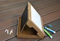 Pizza Box Chalkboard 300x204 New Packaging Provides Reuse Ideas