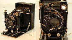 Unzipping Antique Gadgets Shows Off Glorious Guts