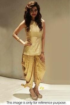 Salwar Suits for Women - Buy Ladies Designer Salwar Kameez Online Punjabi Dress, Pakistani Dresses, Indian Dresses, Indian Outfits, Dhoti Salwar Suits, Patiala Salwar, Sabyasachi Suits, Sharara, Indian Attire