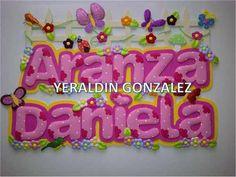 Barnner Nombres En Foami Diy Costumes, Banner, Birthday Cake, Paper Crafts, Baby Shower, Creative, Karate, Scarlet, Ideas Para
