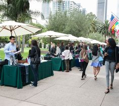 The #FIDM Blog: bebe, BCBG, and Quiksilver Among Brands at FIDM Networking Event