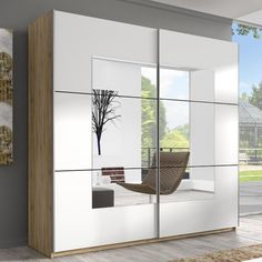 Amazing Sliding Door Wardrobe Design Ideas Built-in wardrobes offer convenience to many households. A built-in wardrobe saves up a lot of space and gives your home … Bedroom Closet Doors, Wardrobe Design Bedroom, Oak Wardrobe, Built In Wardrobe, Modern Wardrobe, Minimalist Wardrobe, Sliding Door Window Treatments, Sliding Doors, Sliding Door Wardrobe Designs