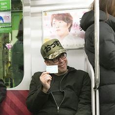 tokyo subway on the move. #unique.caps #uniquecaps #truckercaps #tokyo #whatsup #fun #fashion