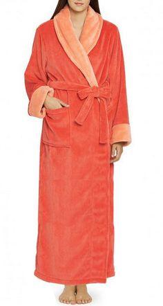 So pretty! I love this coral robe!