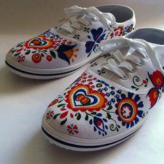 Bílé textilní tenisky ručně malované kvalitními barvami. Použité odstíny 8d5379aada1