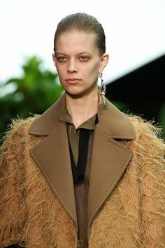 Céline Fall 2014 Ready-to-Wear Accessories Photos - Vogue