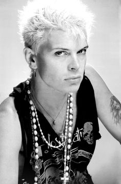 lipstick-glam-and-glitter: Billy Idol, 1986 - Do Not Stand in the Shadows