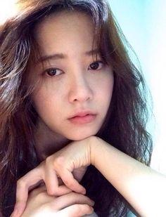 look young Ku hye sun ssi Dusty Blue, Gu Hye Sun, Veronica, Geum Jan Di, Handsome Korean Actors, Ahn Jae Hyun, Sun Photo, Song Hye Kyo, Boys Over Flowers