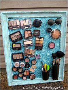 Cómo ordenar el maquillaje de forma decorativa.