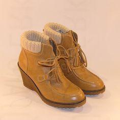 Telitalpú cipő Tamaris
