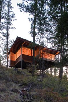 Cozy Cabin Retreat on Flathead Lake by Andersson-Wise Architects.
