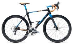 GRAVEL TA - Custom carbon Road Bicycle