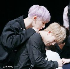 Wonho's lips on the back of my neck... I can't even fathom.. I really wish I could.. the sweet kiss of death...............