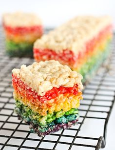 i think these may be in my future  (Rainbow Rice Krispies Treats by raspberri cupcakes, via Flickr)
