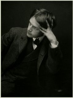 Everett Shinn (1876 - 1953), American realist painter and member of the Ashcan School, c. 1901.