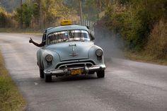 Odwieczny problem: Kto wraca z wesela? A co powiecie na weselnego kierowcę? http://www.slubmisja.pl/weselny-kierowca/
