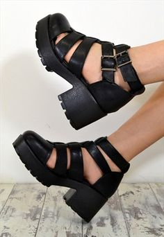 LEXI+Chunky+Heel+Cut+Out+Buckle+Ankle+Boots+Shoes+in+BLACK