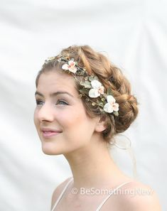 Hey, I found this really awesome Etsy listing at https://www.etsy.com/listing/163626737/woodland-wedding-hair-wreath-with