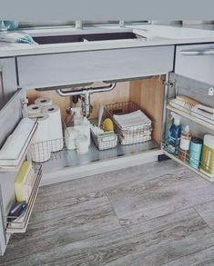 Konmari Kitchen Sink Organization Best Picture For tidy up house For Your Taste You are looking for something, and it is going to tell you exactly what you are looking … Kitchen Organization Pantry, Home Organisation, Kitchen Storage, Storage Organization, Under Sink Organization Bathroom, Storage Hacks, Storage Ideas, Sink Organizer, Diy Kitchen