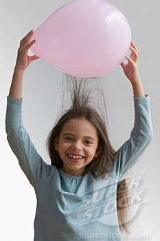 Does hair color affect static of a balloon?