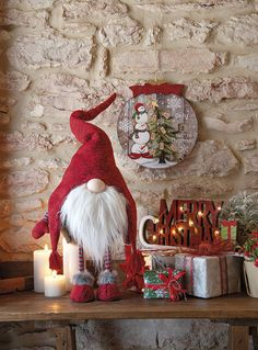 Christmas Room, Christmas Colors, White Christmas, Merry Christmas, Xmas, Country Christmas Decorations, Holiday Decor, Wonderful Time, Red And White