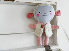 sheep doll / Břichopas toys