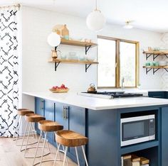 Can we pull up another one of our Smart and Sleek Stools and enjoy this beautiful kitchen too, @shannoneddingsinteriors?! This space is just darling. ☺️ (Shop the stools with the link in bio!) #regram #wisteriastyle #kitchengoals