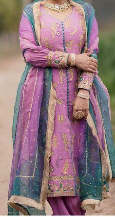 Punjabi Wedding Suit, Indian Wedding Outfits, Wedding Suits, Indian Outfits, Embroidery Suits Punjabi, Embroidery Suits Design, Embroidery Fashion, Embroidery Designs, Punjabi Suits Designer Boutique