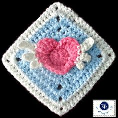 [Free Pattern] Lovely Angel Heart Granny Square
