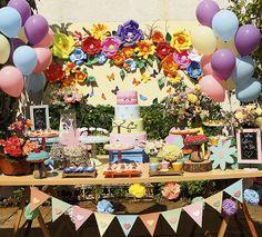 Foi pensando em realizar o sonho de crianças carentes que dez decoradoras de São Paulo se reuniram em julho deste ano e criaram uma rede de voluntárias para organizar festas em ONGs e entidades assistenciais.