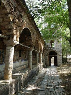 Voskopoja- Saint Nicholas' Church, via Flickr.