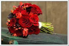 red mix floral bridal bouquet