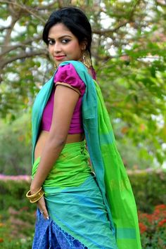 Amala Paul Cute Images In Half Saree Amala Paul Photos including Actress Amala Paul Latest Stills. Beautiful Girl Indian, Beautiful Saree, Beautiful Models, Beautiful Actresses, Gorgeous Women, Beautiful People, Indian Film Actress, South Indian Actress, Indian Actresses