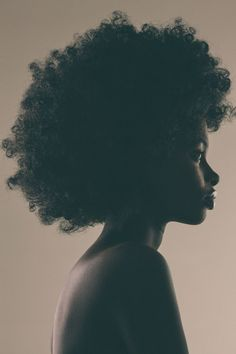 Yemzi Afro Hair / Black Women's Hair Products Are So Toxic, This Organization Is Demanding Change Black Women Art, Beautiful Black Women, Black Women Beauty, Beautiful Eyes, Black Girls, Beautiful Pictures, Beautiful Drawings, Beautiful Gowns, Photographie Portrait Inspiration