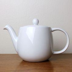 Bodum White Modern Porcelain Teapot, 24 oz Rare Minimalist | eBay