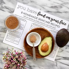 Some of the best skincare ingredients can be found in the kitchen! Like everything you need for this super simple antioxidant mask - the avocado moisturizes skin with nourishing lipids while cacao provides protective antioxidants to fight aging and DNA-damaging free radicals. - Get this whole handout + many others when you sign up for Body Unburdened email updates - live link in profile!