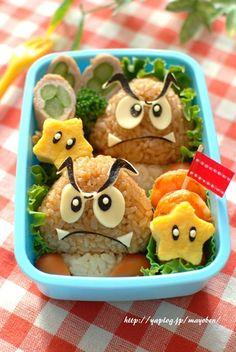 Nintendo Mario themed bento with Kuribo (Goombas) & stars Bento Box Lunch For Kids, Bento Kids, Cute Bento Boxes, Lunch Ideas, Anime Bento, Japanese Bento Box, Kawaii Bento, Kawaii Dessert, Bento Recipes
