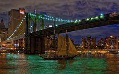 Brooklyn Bridge East River