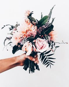 flower bouquet – I have this thing with flowers. flowers, floral, flora, fauna, … bouquet of flowers – I have … Arte Floral, Deco Floral, My Flower, Flower Power, Wild Flowers, Beautiful Flowers, Beautiful Bouquets, Pretty Roses, Spring Flowers