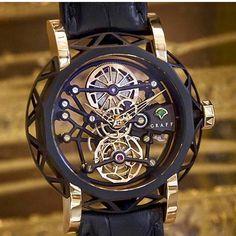 Looks like a piece of art for your wrist! Graff Mastergraff Tourbillon fully skeletonized ♢ ⌚Timepiece: #watch #watches #desing #menfashion #men #luxury #rotthades #style #fashion