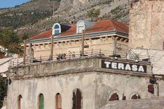 Mostar - Il Centro Storico della citta' con i segni della guerra -