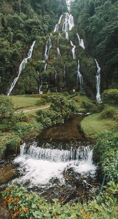 Santa Rosa Hot Springs - Colombia - Matthias Lechmann - Santa Rosa Hot Springs - Colombia The lush Santa Rosa hot springs in Colombia - Oh The Places You'll Go, Places To Travel, Places To Visit, Beautiful Waterfalls, Beautiful Landscapes, Wonderful Places, Beautiful Places, Nature Photography, Travel Photography